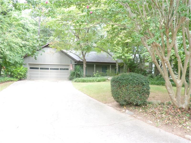 181 Indian Hills Court, Marietta, GA 30068 (MLS #5738618) :: North Atlanta Home Team