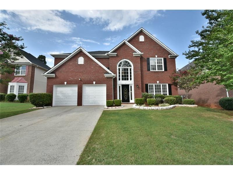 585 Maple Crest Drive, Lawrenceville, GA 30044 (MLS #5739874) :: North Atlanta Home Team