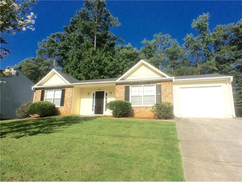 8185 Autumn Green Drive, Fairburn, GA 30213 (MLS #5740182) :: North Atlanta Home Team