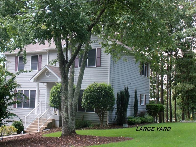 6479 Chestnut Hill Road, Flowery Branch, GA 30542 (MLS #5740203) :: North Atlanta Home Team