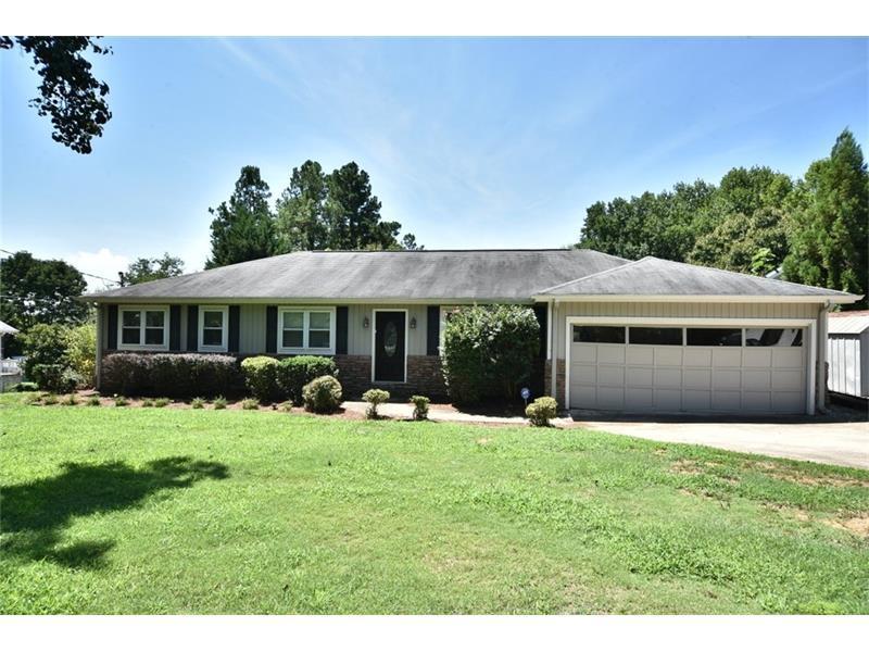 2245 Lake Ranch Court, Gainesville, GA 30506 (MLS #5740624) :: North Atlanta Home Team