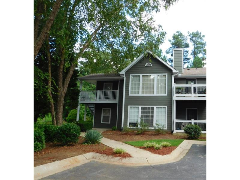 207 Berkeley Woods Drive, Duluth, GA 30096 (MLS #5740894) :: North Atlanta Home Team