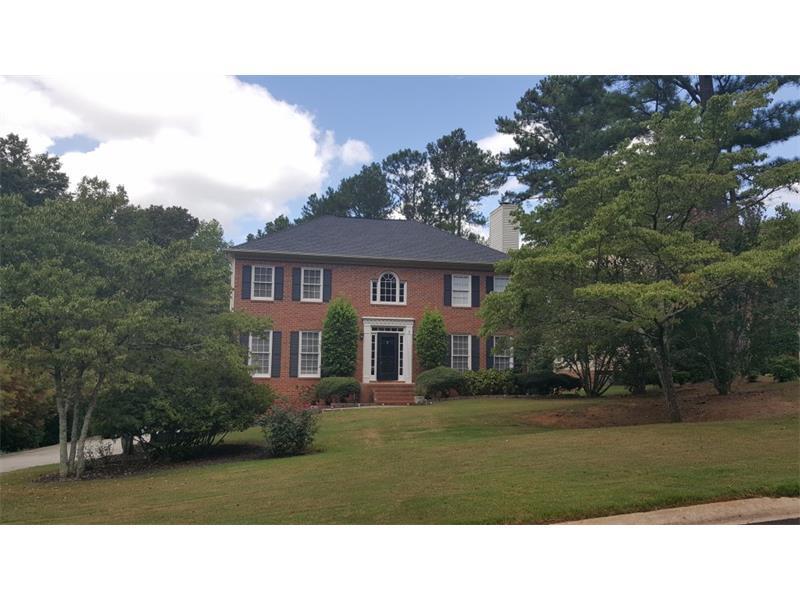 340 Sarah Lane, Lawrenceville, GA 30046 (MLS #5740981) :: North Atlanta Home Team
