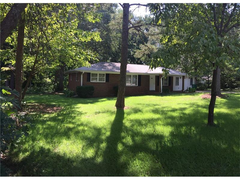 427 Johnson Drive, Stone Mountain, GA 30087 (MLS #5741282) :: North Atlanta Home Team