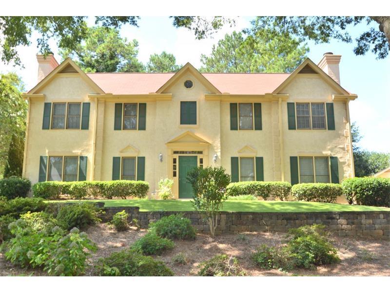 8950 Carroll Manor Drive, Dunwoody, GA 30350 (MLS #5741352) :: North Atlanta Home Team