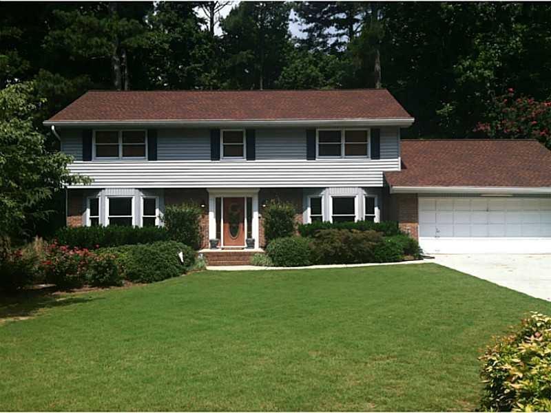 4151 Oak Crest Drive, Tucker, GA 30084 (MLS #5743024) :: North Atlanta Home Team