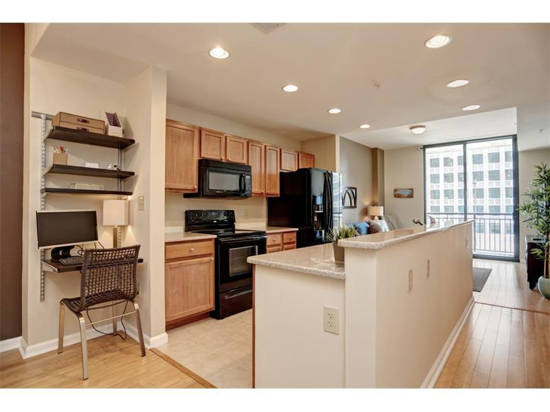 3040 Peachtree Road NW #602, Atlanta, GA 30305 (MLS #5743757) :: North Atlanta Home Team
