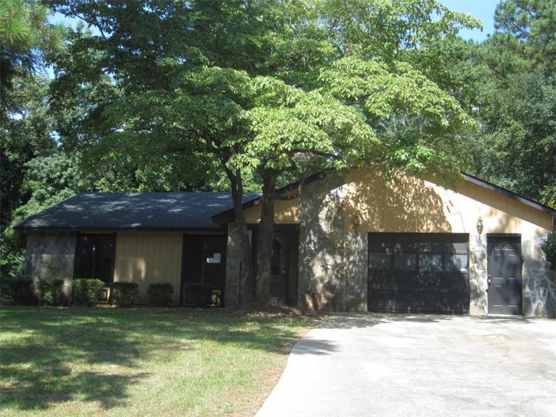 939 Timberclair Way, Lithonia, GA 30058 (MLS #5743773) :: North Atlanta Home Team
