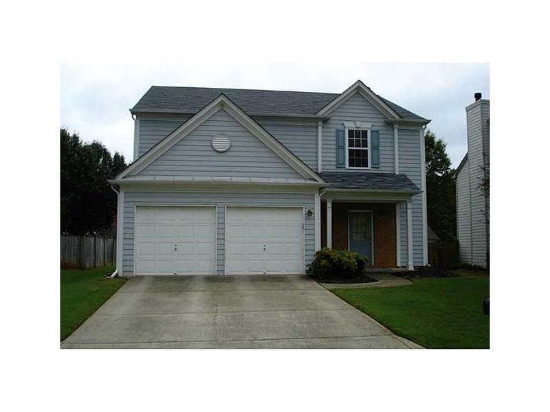 6025 Foxberry Lane, Roswell, GA 30075 (MLS #5743832) :: North Atlanta Home Team