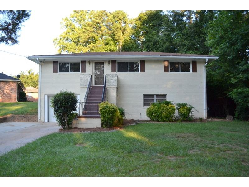 3533 Highwood Drive SW, Atlanta, GA 30331 (MLS #5743839) :: North Atlanta Home Team