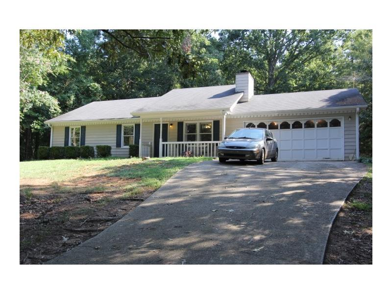 1322 Creekview Drive, Auburn, GA 30011 (MLS #5743979) :: North Atlanta Home Team