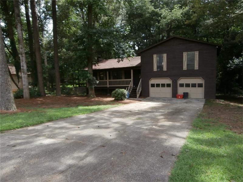 239 Mill Ridge Court, Lawrenceville, GA 30046 (MLS #5744171) :: North Atlanta Home Team