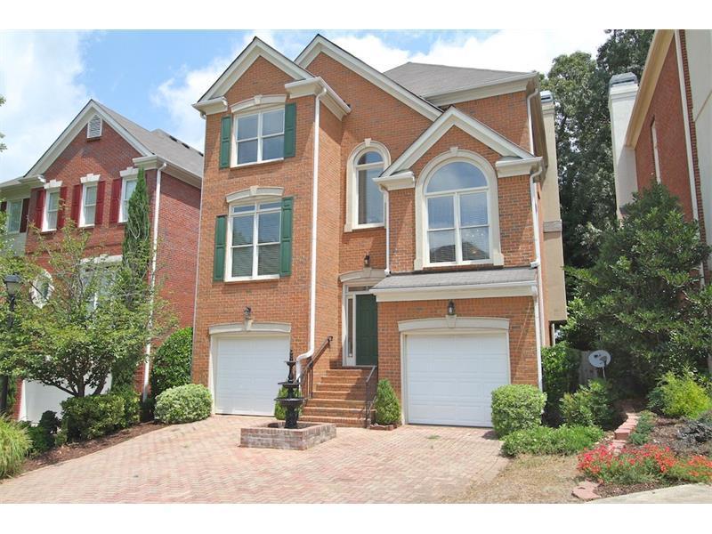 2468 Manor Walk, Decatur, GA 30030 (MLS #5744505) :: North Atlanta Home Team