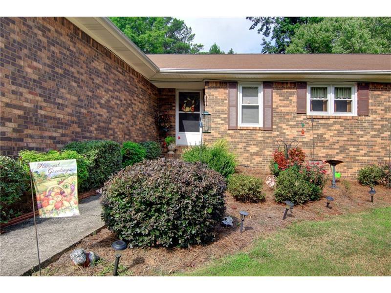 88 Crowell Road, Porterdale, GA 30014 (MLS #5745224) :: North Atlanta Home Team