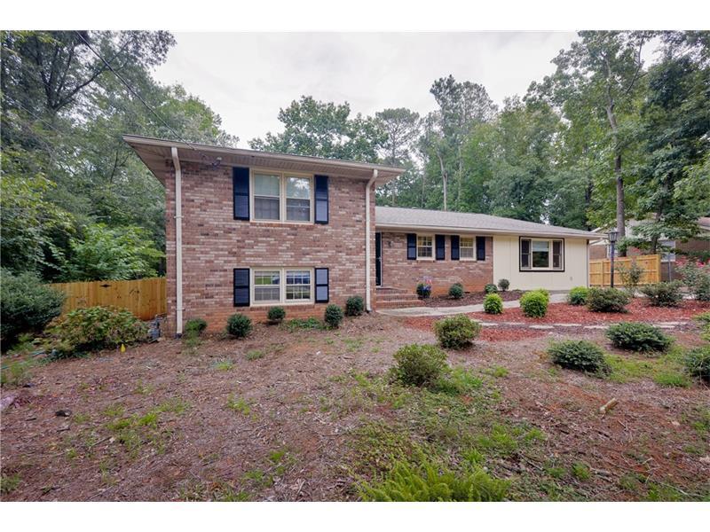 1262 Glenda Lane, Marietta, GA 30062 (MLS #5745241) :: North Atlanta Home Team