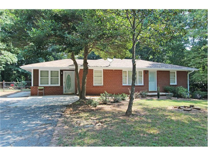 1334 Jennie Lane, Lilburn, GA 30047 (MLS #5745403) :: North Atlanta Home Team