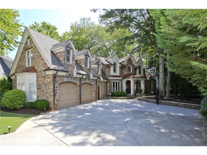 135 Stone Pond Lane, Alpharetta, GA 30022 (MLS #5745405) :: North Atlanta Home Team