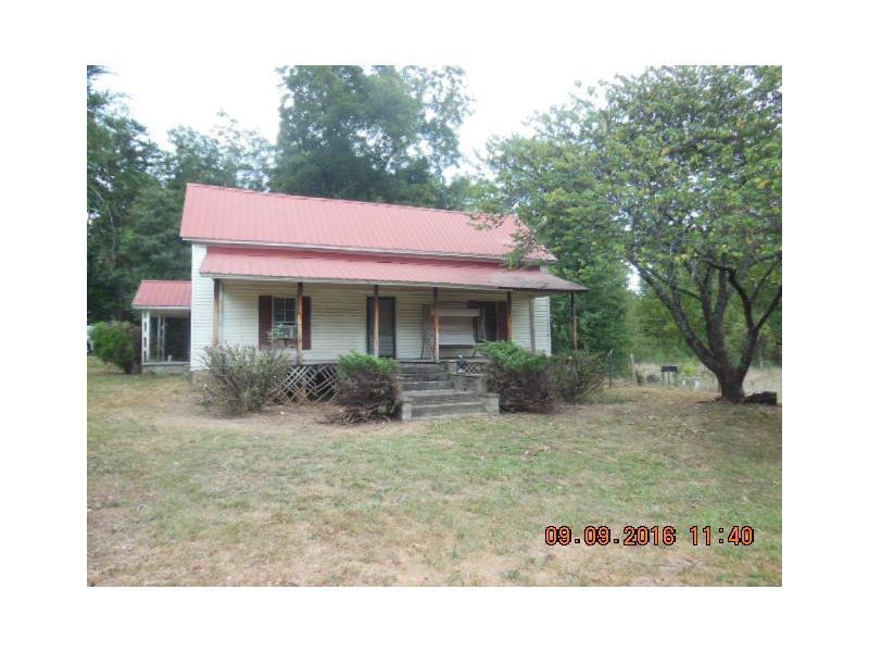 4241 Duncan Bridge Road, Cornelia, GA 30531 (MLS #5745480) :: North Atlanta Home Team