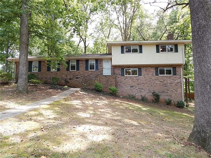 3741 Hickory Circle SE, Smyrna, GA 30080 (MLS #5745513) :: North Atlanta Home Team
