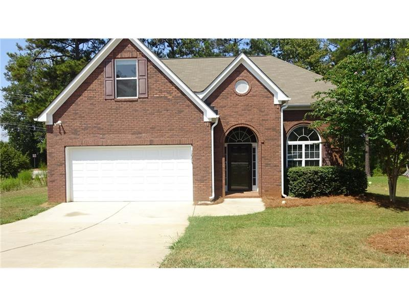 12394 Centerra Drive, Hampton, GA 30228 (MLS #5745742) :: North Atlanta Home Team