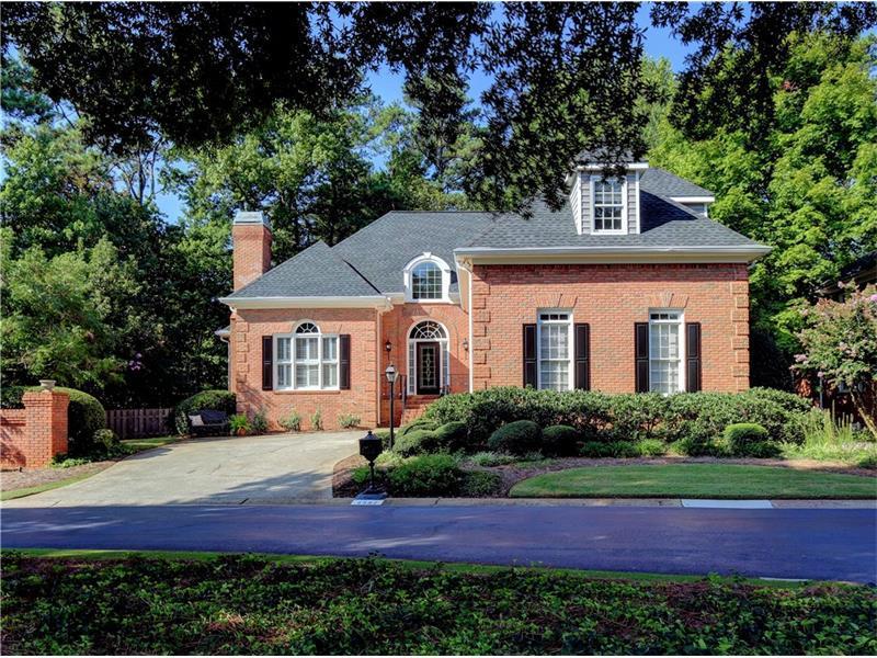 4582 Fountain Drive NE, Marietta, GA 30067 (MLS #5745819) :: North Atlanta Home Team