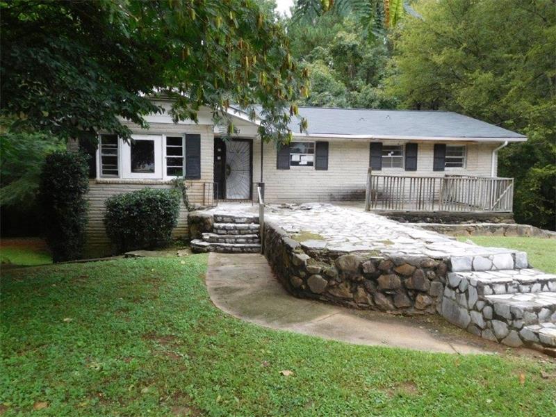 677 Plainville Drive SW, Atlanta, GA 30331 (MLS #5746714) :: North Atlanta Home Team