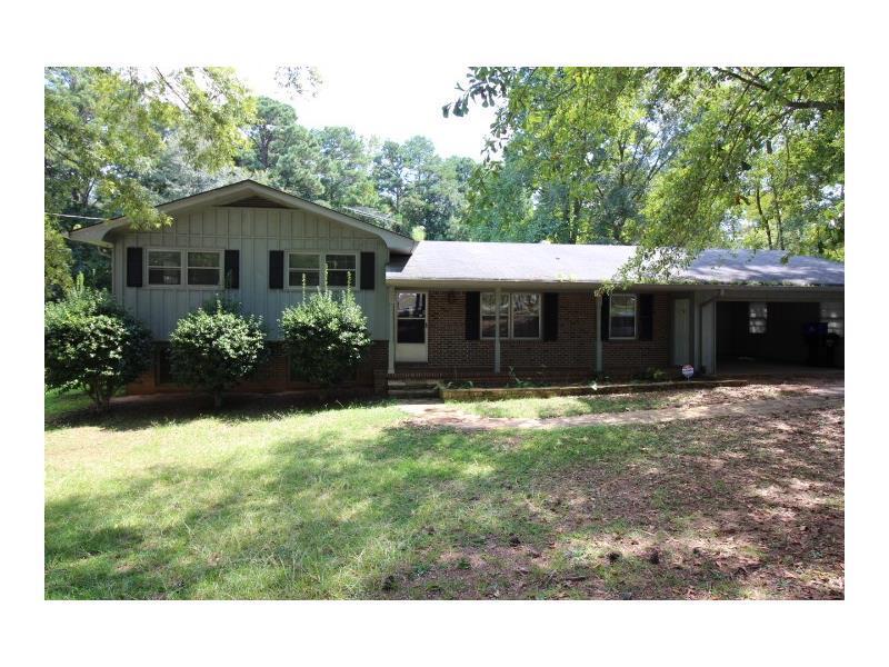 6740 Tell Road, Fairburn, GA 30213 (MLS #5746783) :: North Atlanta Home Team