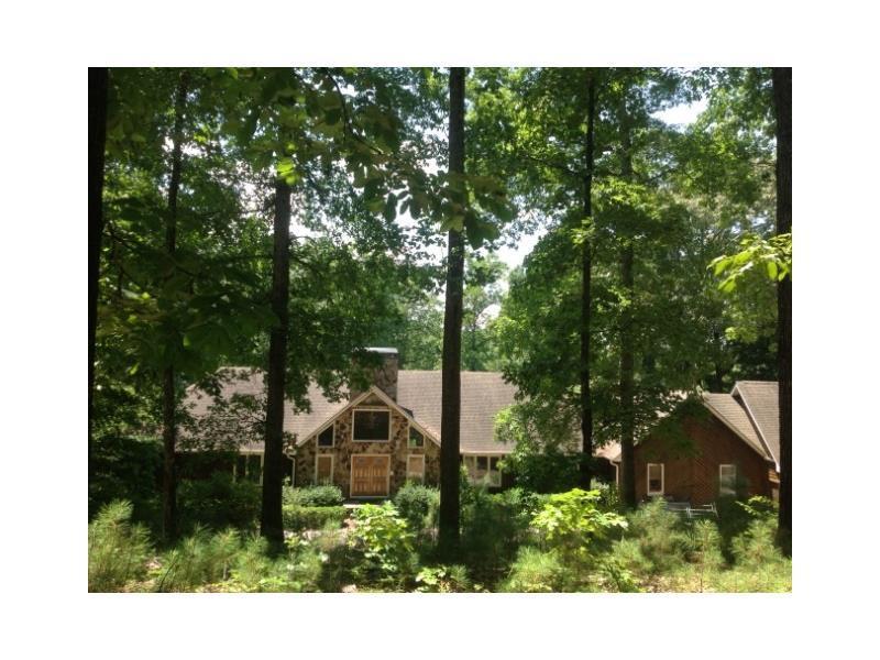 4189 N Arnold Mill Road, Woodstock, GA 30188 (MLS #5747000) :: North Atlanta Home Team