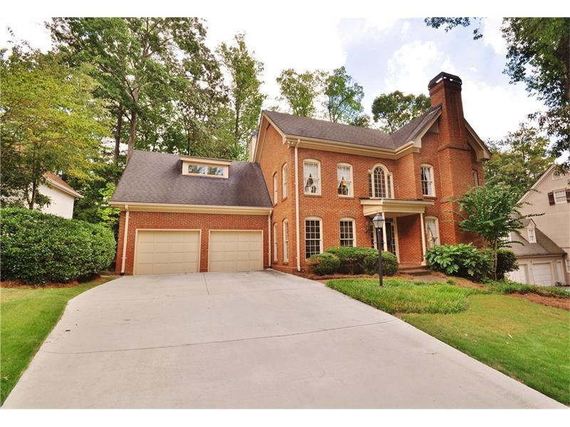 6725 Laurian Wood Drive, Sandy Springs, GA 30328 (MLS #5747129) :: North Atlanta Home Team
