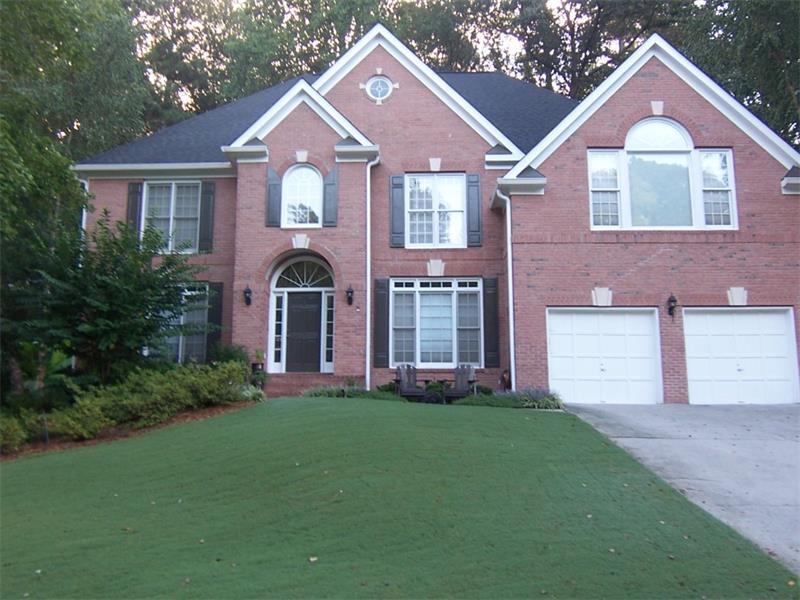 880 Landover Crossing, Suwanee, GA 30024 (MLS #5747372) :: North Atlanta Home Team