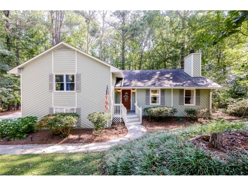 2033 N Cove Court, Marietta, GA 30066 (MLS #5747425) :: North Atlanta Home Team