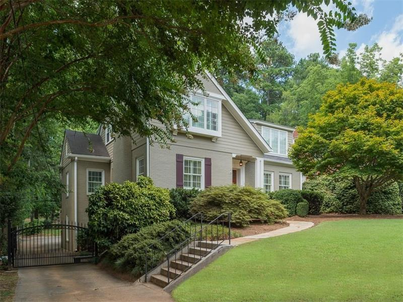 1016 E Rock Springs Road NE, Atlanta, GA 30306 (MLS #5747623) :: North Atlanta Home Team