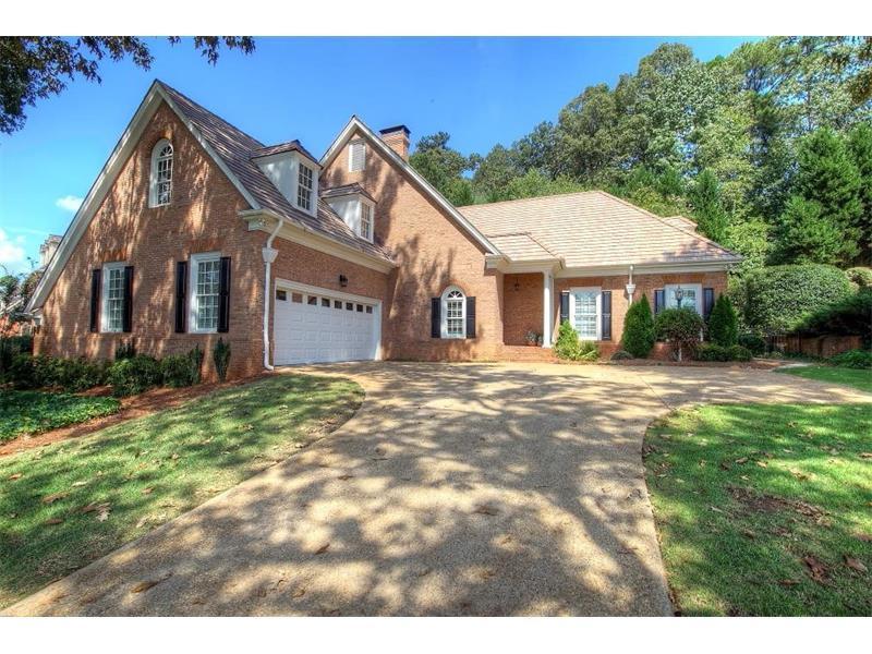 2330 Steeplechase Lane, Roswell, GA 30076 (MLS #5747661) :: North Atlanta Home Team