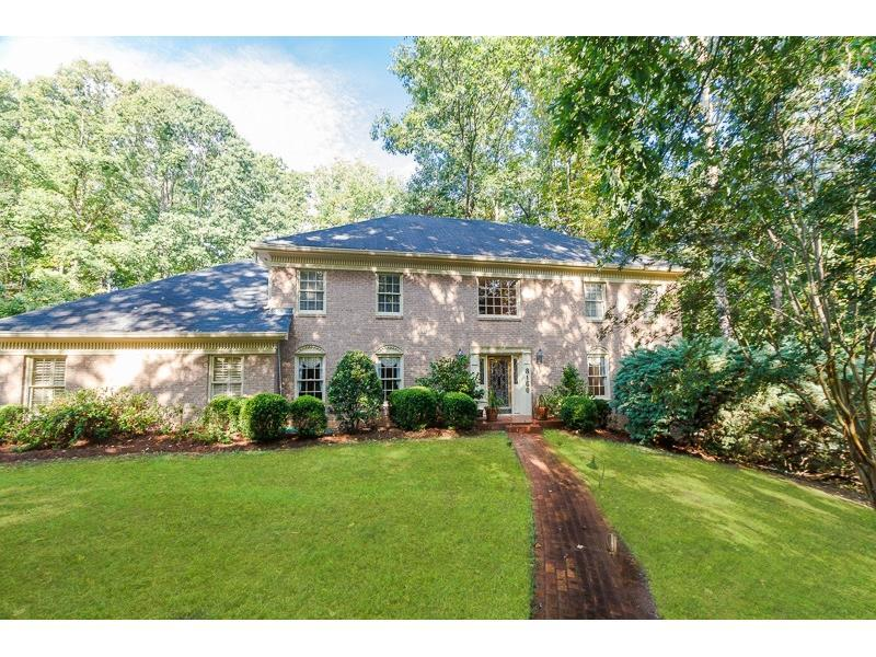 8160 Habersham Waters Road, Sandy Springs, GA 30350 (MLS #5747880) :: North Atlanta Home Team