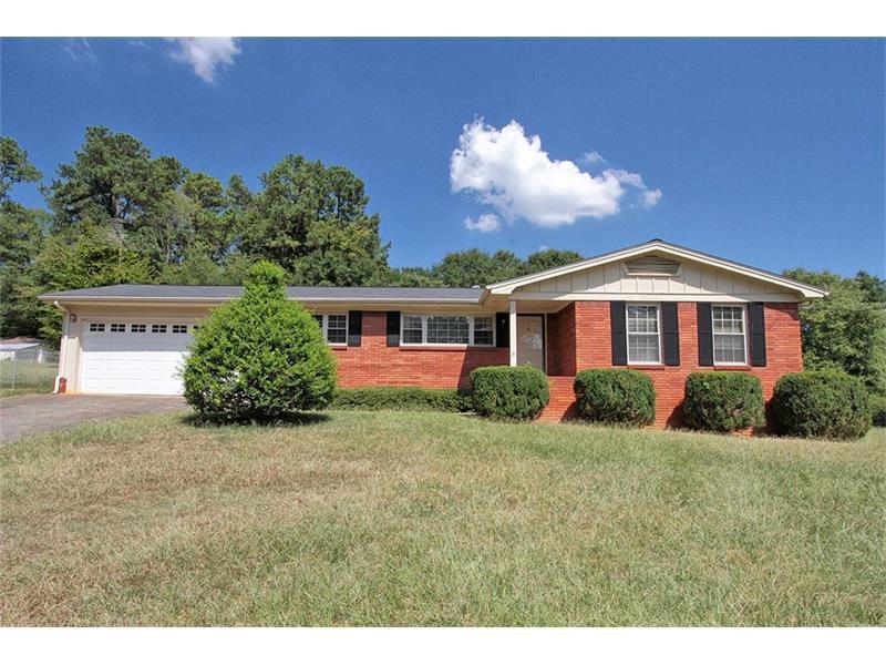 220 Hurt Road SW, Smyrna, GA 30082 (MLS #5748346) :: North Atlanta Home Team