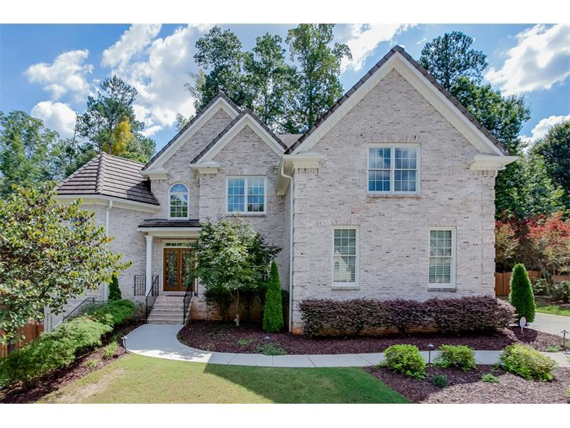 554 Deerwood Drive, Suwanee, GA 30024 (MLS #5748533) :: North Atlanta Home Team