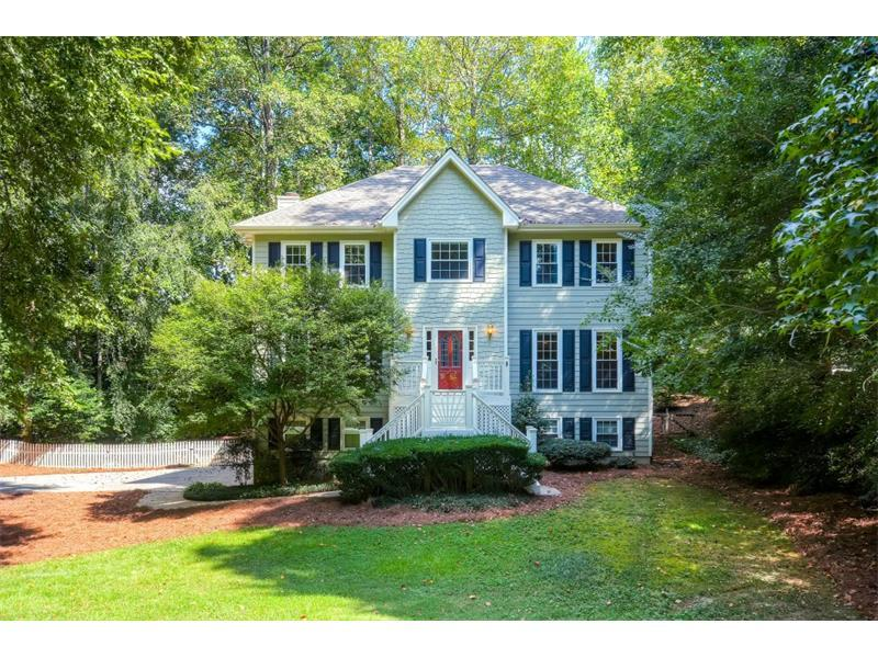 300 Lakemont Drive, Roswell, GA 30075 (MLS #5748537) :: North Atlanta Home Team
