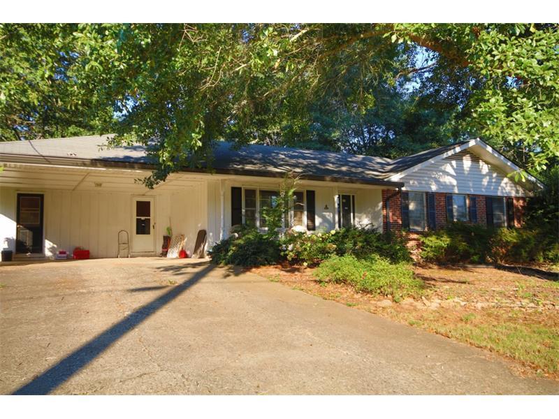 720 Mullinax Road, Alpharetta, GA 30004 (MLS #5748583) :: North Atlanta Home Team
