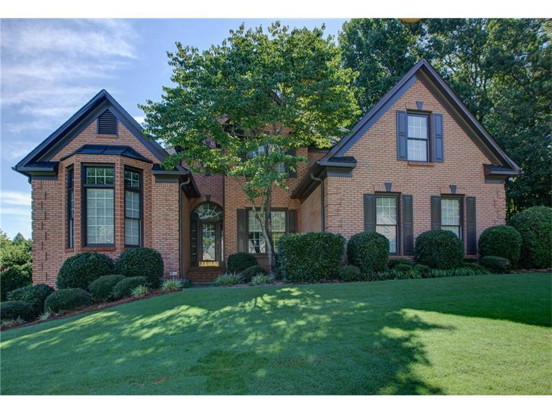 6270 Sterling Drive, Suwanee, GA 30024 (MLS #5748607) :: North Atlanta Home Team