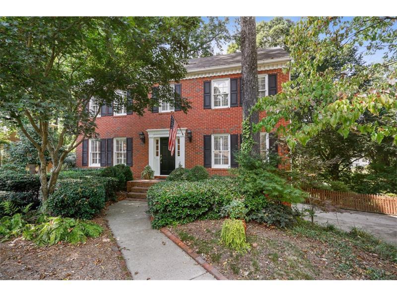 570 Hampton Court, Marietta, GA 30064 (MLS #5749150) :: North Atlanta Home Team