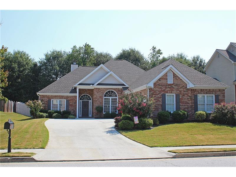 3042 Blue Creek Path, Loganville, GA 30052 (MLS #5749235) :: North Atlanta Home Team