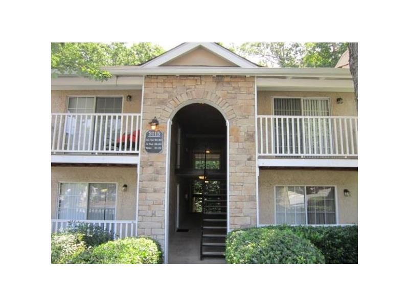 3115 Seven Pines Court #301, Atlanta, GA 30339 (MLS #5749880) :: North Atlanta Home Team