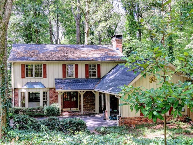 320 Westerhall Court, Sandy Springs, GA 30328 (MLS #5750141) :: North Atlanta Home Team