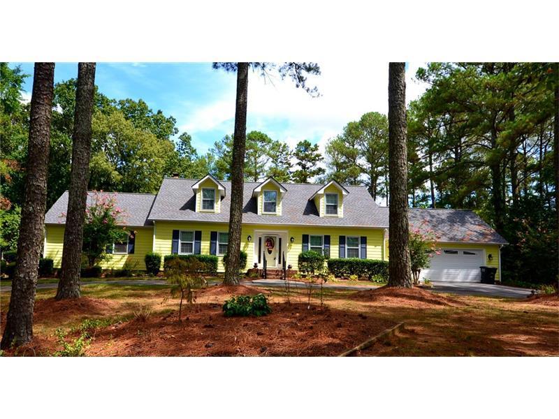 400 Three Oaks Drive SE, Calhoun, GA 30701 (MLS #5750467) :: North Atlanta Home Team