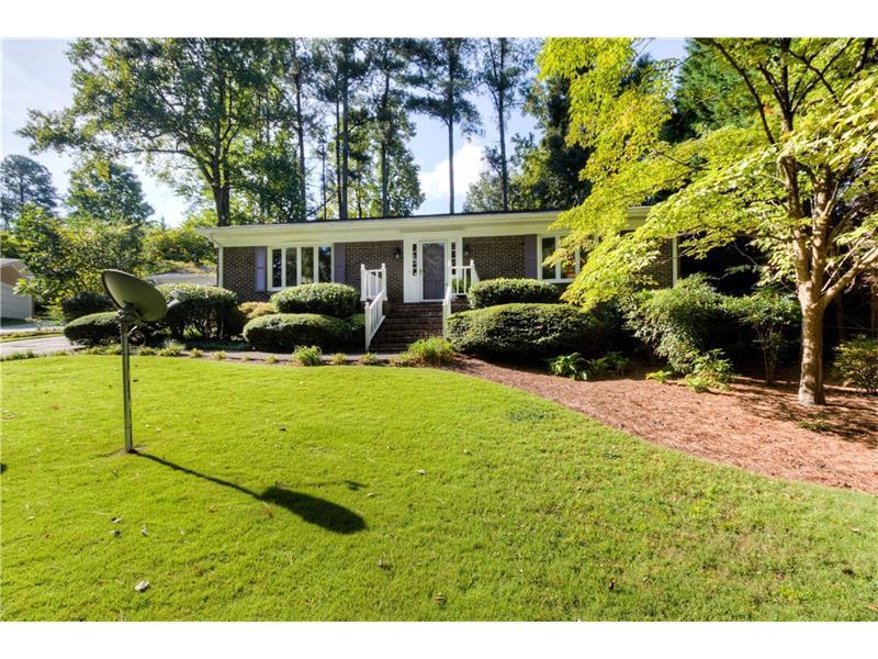 2193 Thorncliff Drive NE, Atlanta, GA 30345 (MLS #5750525) :: North Atlanta Home Team