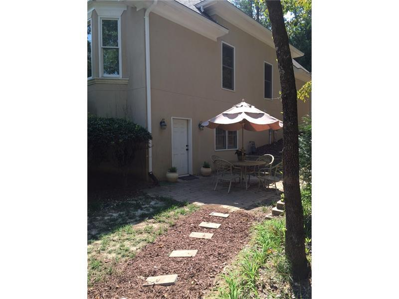 500 Pennroyal Lane, Alpharetta, GA 30004 (MLS #5750749) :: North Atlanta Home Team