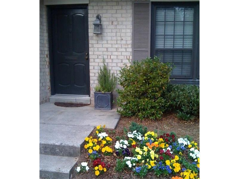 147 Maribeau Square NW, Atlanta, GA 30327 (MLS #5751004) :: North Atlanta Home Team