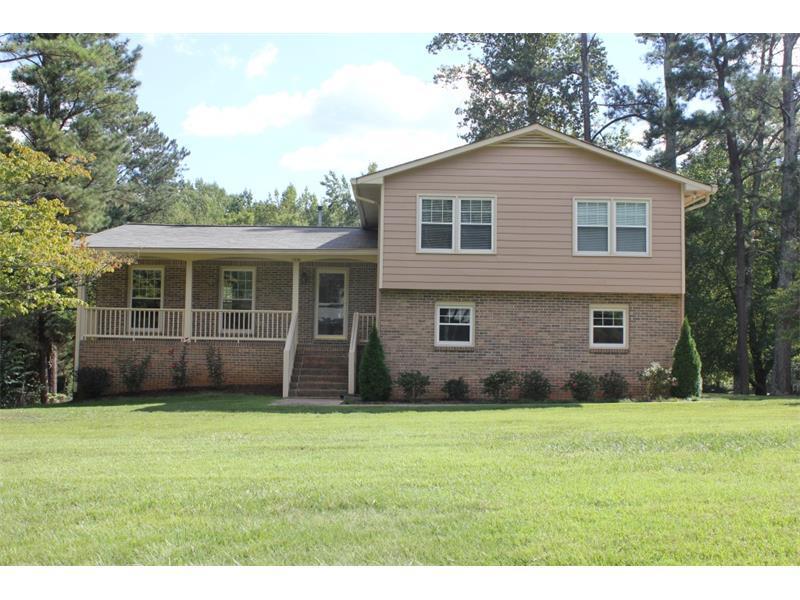 1996 Hill Road, Marietta, GA 30062 (MLS #5751236) :: North Atlanta Home Team