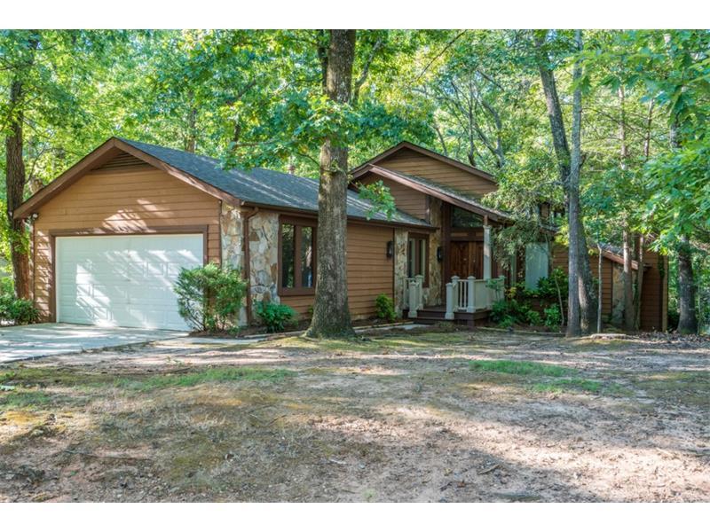 6703 Live Oak Lane, Douglasville, GA 30135 (MLS #5751271) :: North Atlanta Home Team