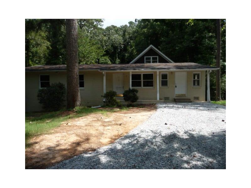 2754 Pinella Drive SW, Atlanta, GA 30331 (MLS #5751393) :: North Atlanta Home Team